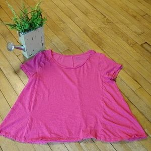 Crown and Ivy Bright Pink Authentic Tee Size M